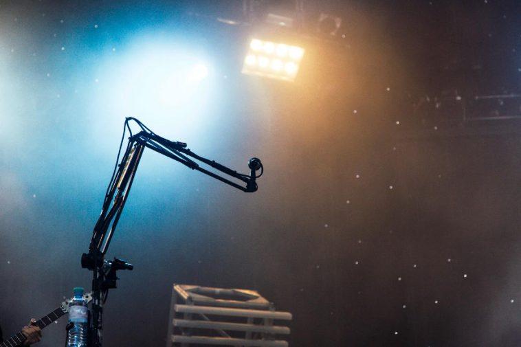 broadcastnews rock music format