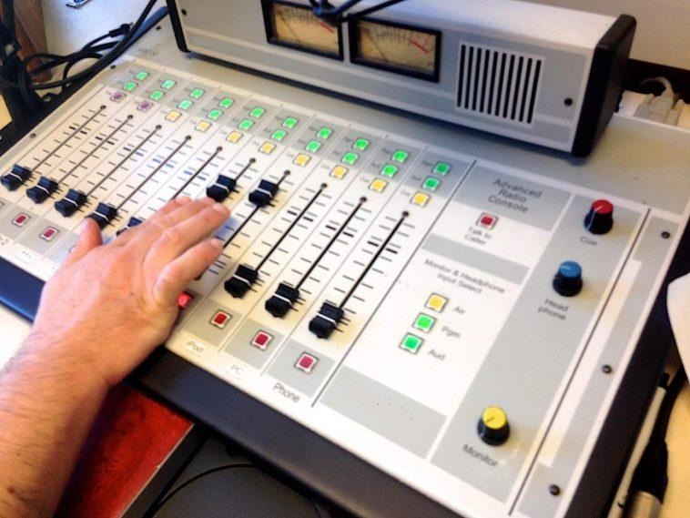 Broadcastnews Radio staion 02