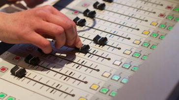Broadcastnews Radio station