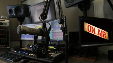 Broadcastnews radio console 1
