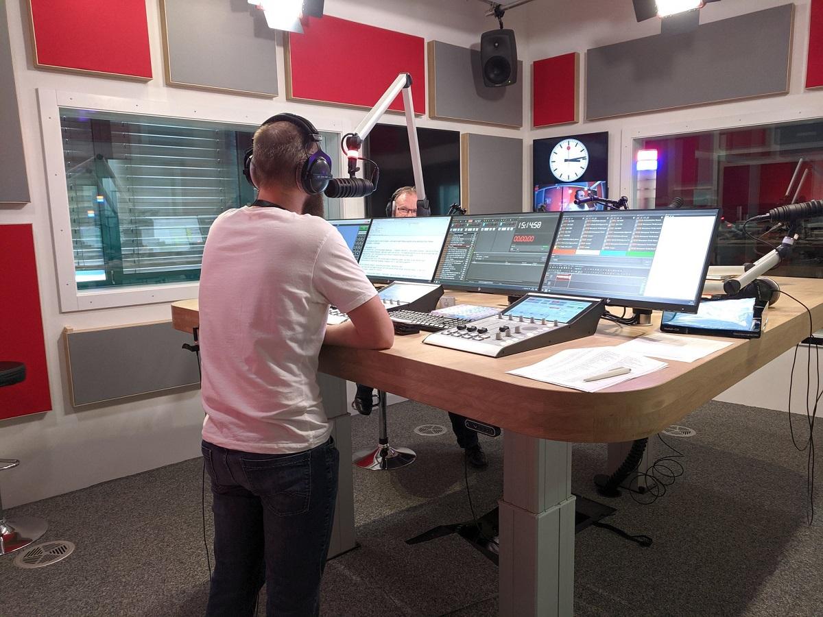 Πως μπορούν να συνεργαστούν πετυχημένα ένα FM ραδιόφωνο με ένα WEB radio?